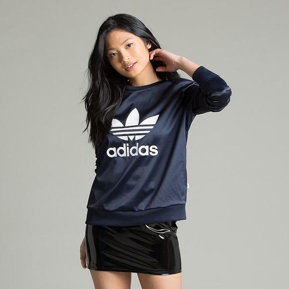 adidas Satin Navy Trefoil Crewneck Sweatshirt M f2c3d85347c18